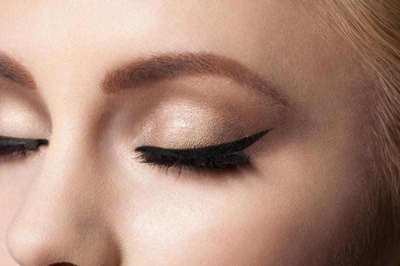 Dermographie chez Perle de soie, beaux sourcils